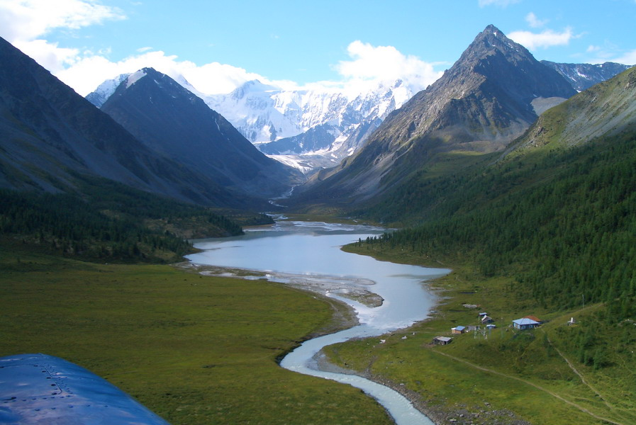 altai-white-mountains.jpg